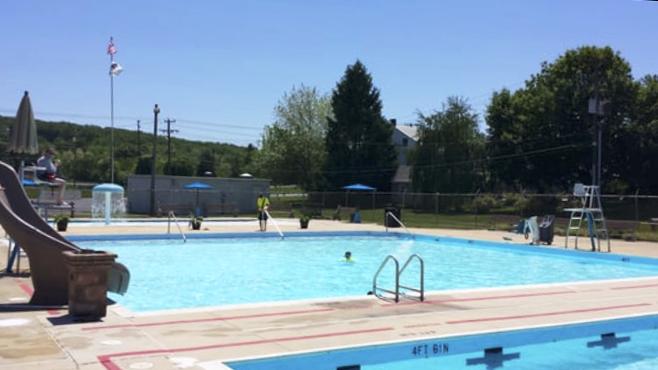 Topton Pool
